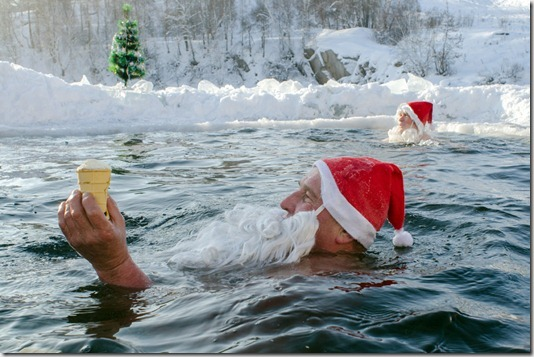RUSSIA-SIBERIA-NEW YEAR-SWIMMING