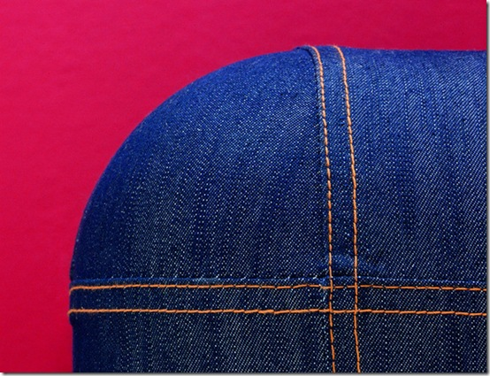 Smeg-Fab28-Denim-detail-3