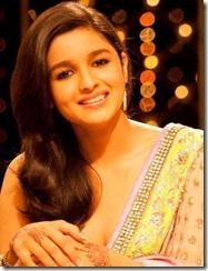 aliya_bhatt_in_saree_cute_stills