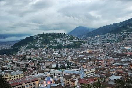 Obiective turistice Ecuador: Panorama Quito
