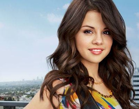 Selena Gomez Naturally  on Selena Gomez   Naturally   Programas Para Descargar Musica En Mp3