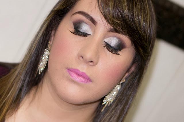 maquiagem prata cílios postiços