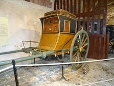 2015.04.06-004 chaise de poste au musée des équipages