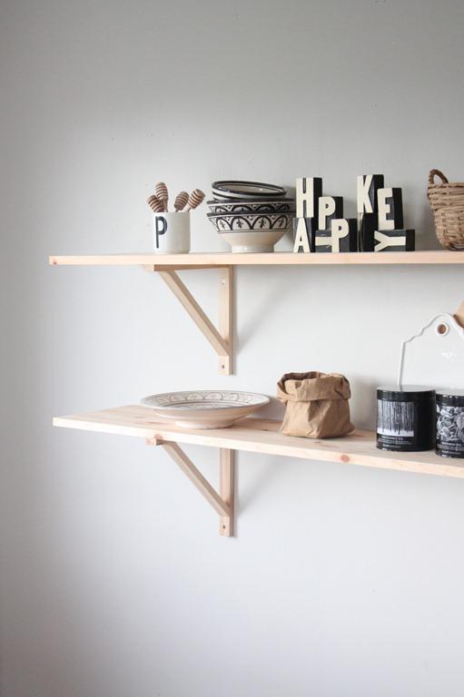 kjøkkenhylle (1)