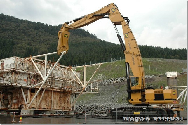 biggest_construction_vehicles_12