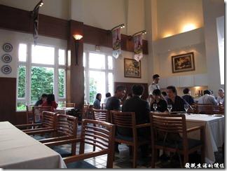 台南-轉角餐廳