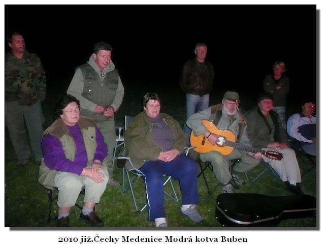 Modrokotvácí v září 2010 v již.Čechách v Medenici.jpg