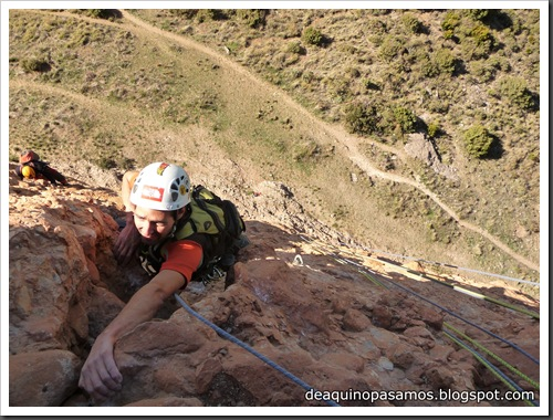 Via Carnavalada 300m 7b (6a  A0 Oblig) (Mallo Pison, Riglos) (Omar) 996