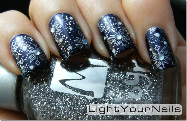 cold wintery nail art