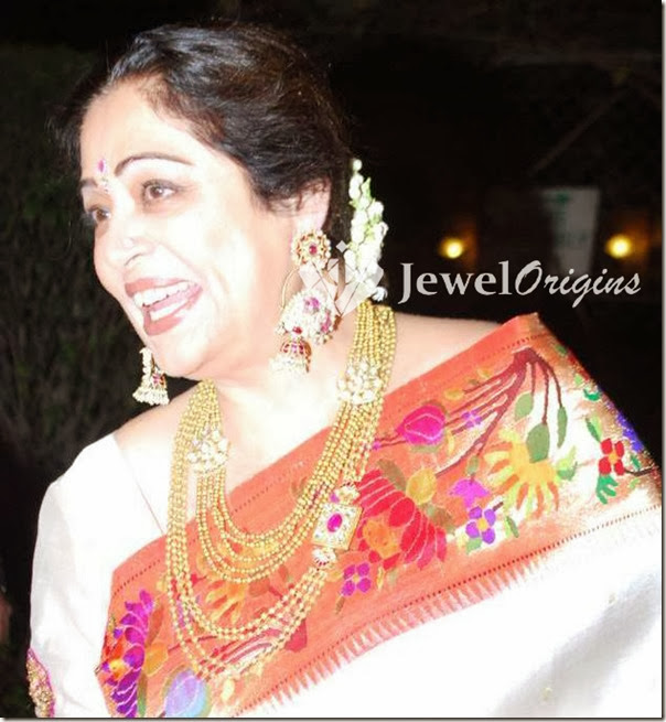 Kirron_Kher_gold_Necklace