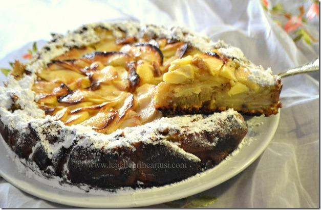 torta di mele e frutta secca