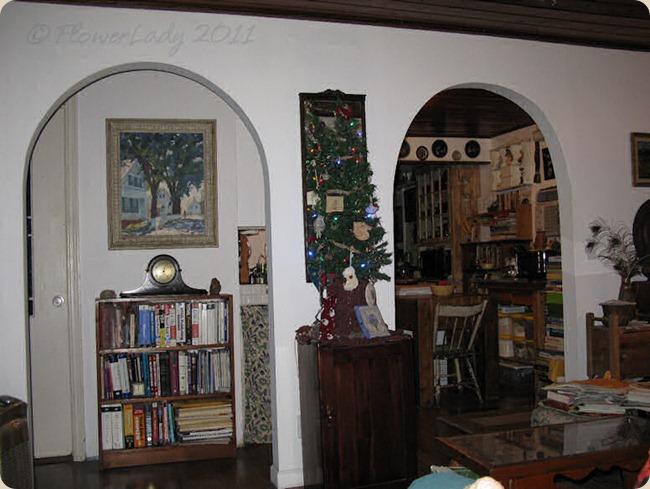 12-06-christmas-tree3