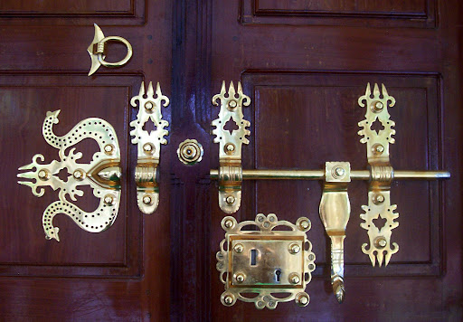 ornate door lock/knob found in most traditional and rich kerala ...