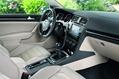 2013-Volkswagen-Golf-75