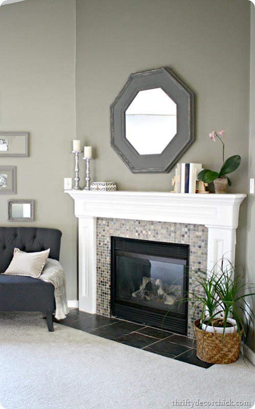 how to decorate mantel