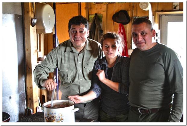Smażony schab i myśliwska zupa gulaszowa, czyli sobotnie przedpołudnie z myśliwymi