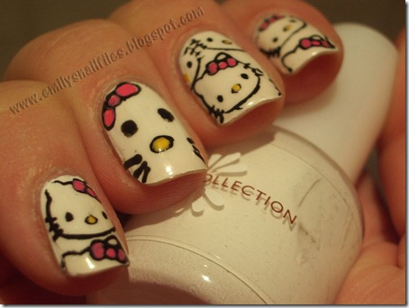 29052-nails-hello-kitty-nails
