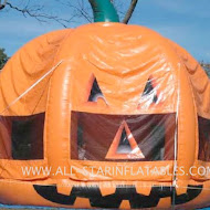 676_Deere-Farms-Pumpkin-Bounce-House-860pix.jpg