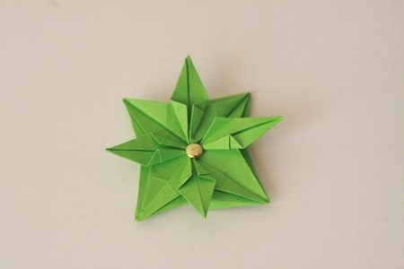 Origami Wreath Tutorial (8)