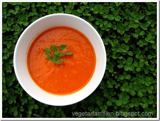 Det er oregano i suppen, faktisk - ikke kløver ;o)
