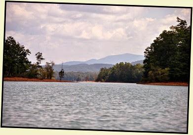 19f - Tuesday - Nottely Lake Kayak - paddling around the islands