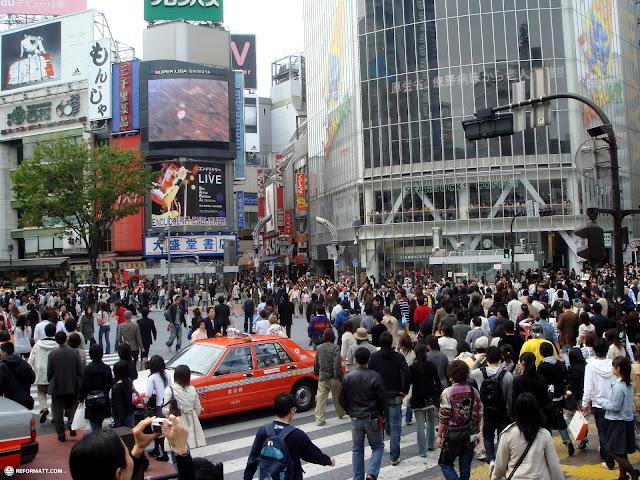shibuya crossing around noon in Shibuya, Tokyo, Japan