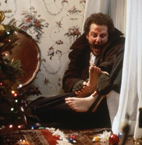 Bauble Injuries - Home Alone
