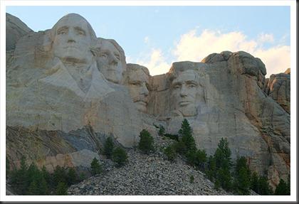 2011Jul30-Mount_Rushmore_tonemapped