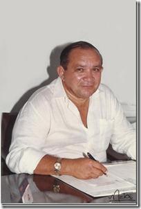 Dr.Múcio_..