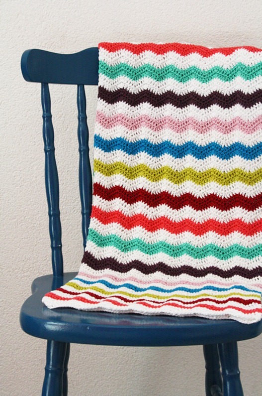 Spring-ripple-stitch-blanket4