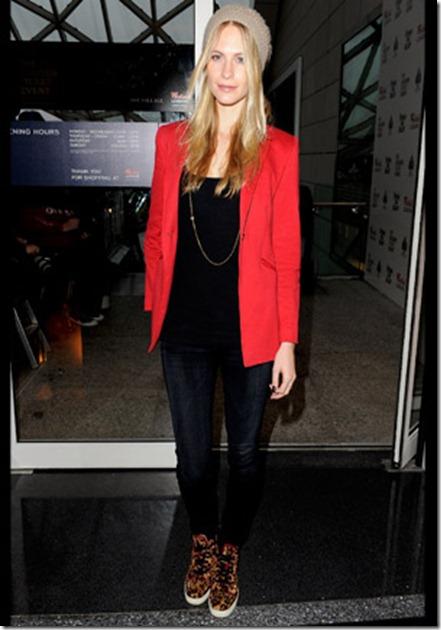 Celebrity_Trends_Sneakers_2011_01
