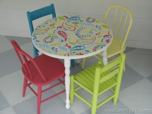 painted kids table and chairs