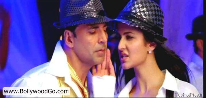 Katrina Kaif Hot Pics Shelia ki Jawani Dance 2