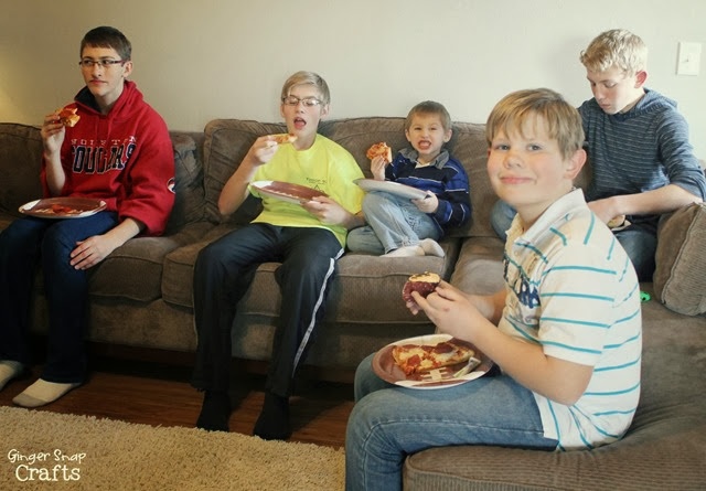 party for teens with pizza & football #gametimegoodies #shop