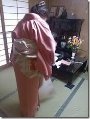 素敵な雛飾りと着物 (2)