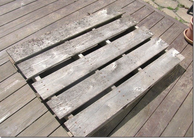 pallet bench 1