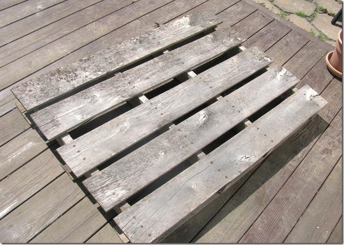 pallet bench 1