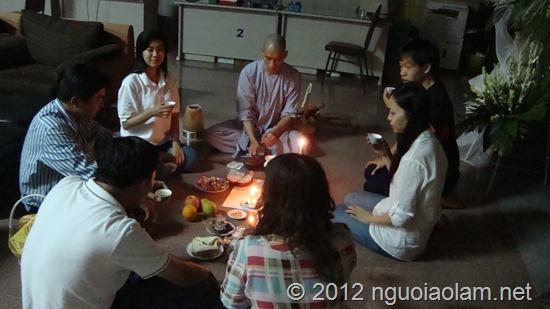 phong-su-dem-khong-ngu-truoc-gio-dua-tien-on (48)