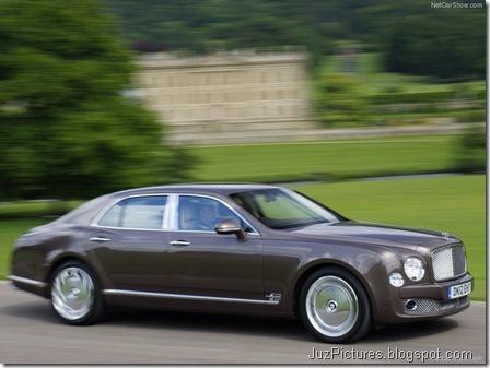 Bentley-Mulsanne_2013_800x600_wallpaper_08