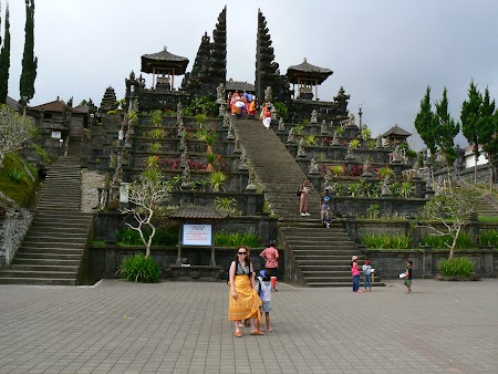 Templu mama Bali