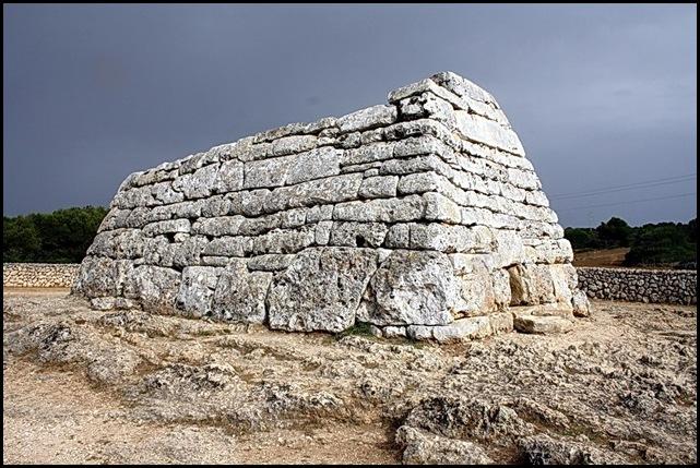 Menorca. Naveta des Tudons