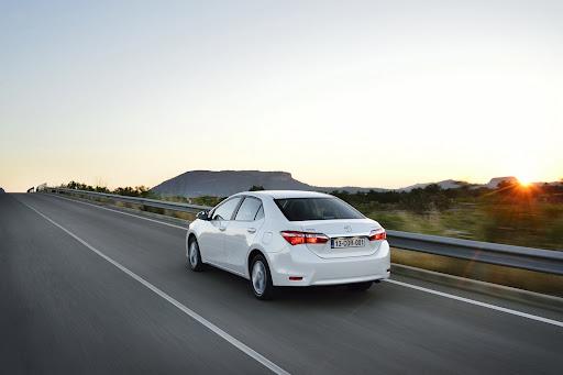 2014-Toyota-Corolla-59.jpg