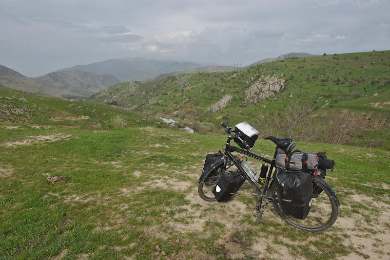 Dupa multe vreme in locuri plate din nou o intalnire cu muntii.