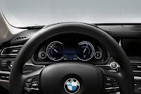 2013-BMW-7-Series-35.jpg