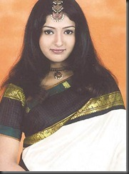 Gayathri-Raghuram-in saree