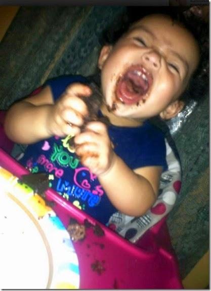 kids-enjoying-food-024