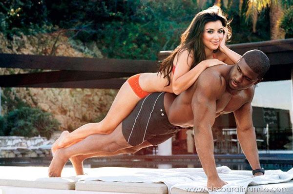 kim-kardashian-linda-sensual-sexy-sedutora-boob-peitos-decote-ass-bunda-gostosa-desbaratinando-sexta-proibida (24)