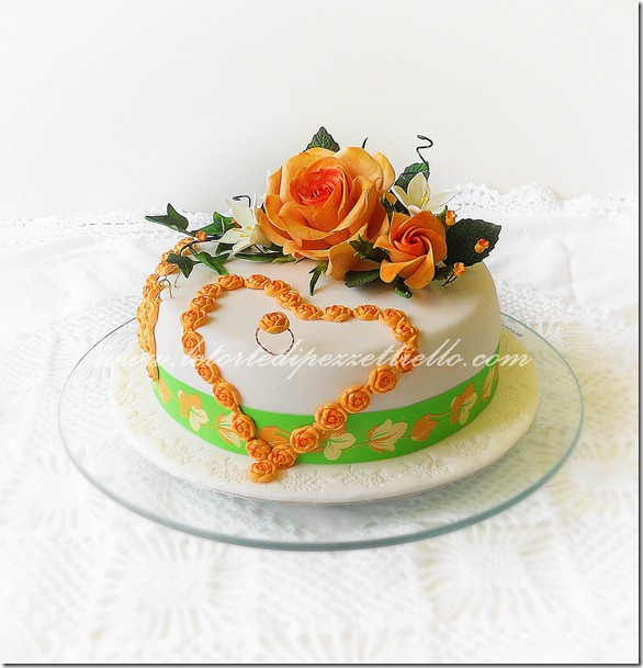 Torta rose e bijoux