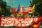 Thousands of protesters march from Liwasang Bonifacio toward the US Embassy in Manila to condemn what they call as 'puppetry of Aquino administration to US dictates.' (Photo by Ronalyn V. Olea/Bulatlat.com)