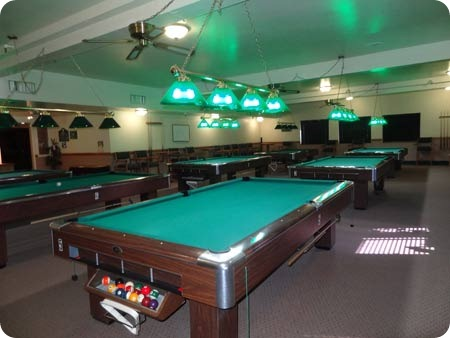 3-pool-room